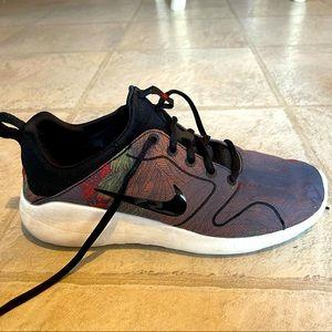 Women's Nike Running /Walking Shoe